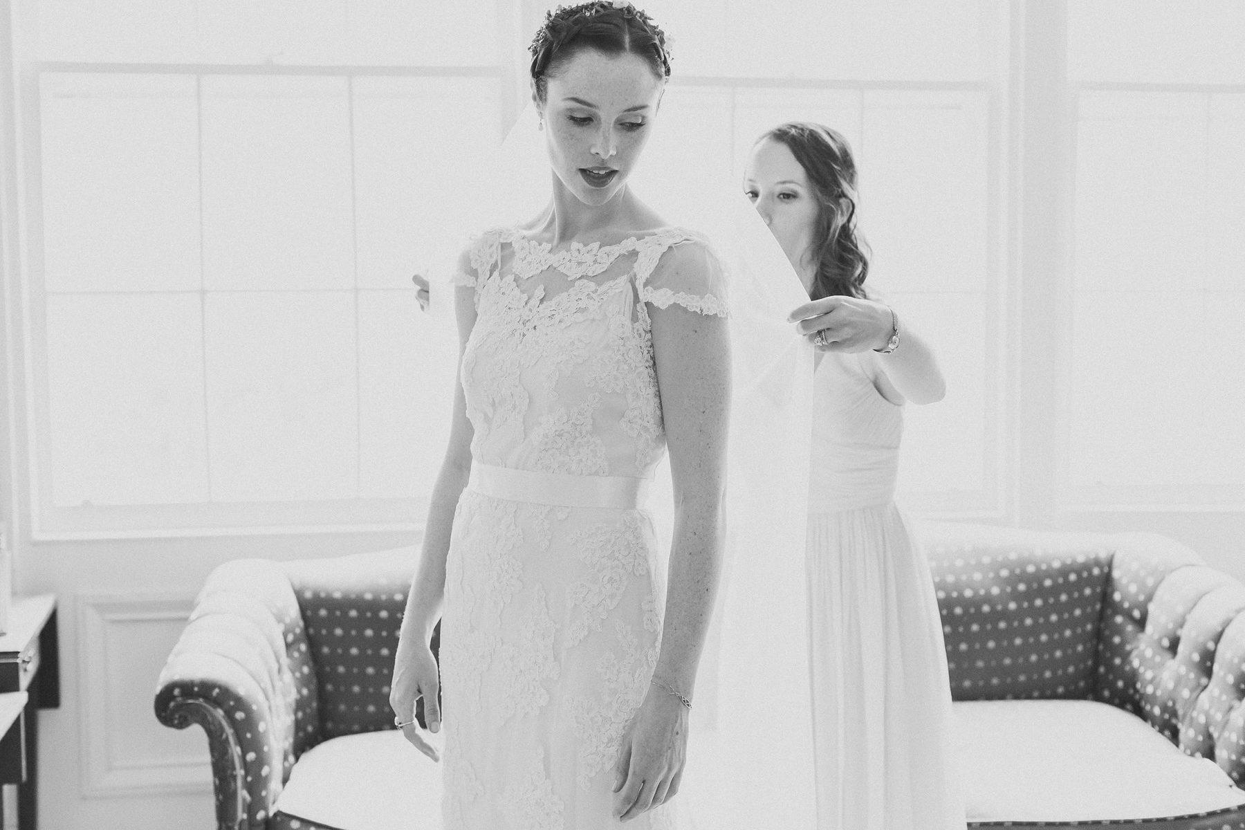 Wedding Prep Pictures - Brooklyn Wedding Photographers