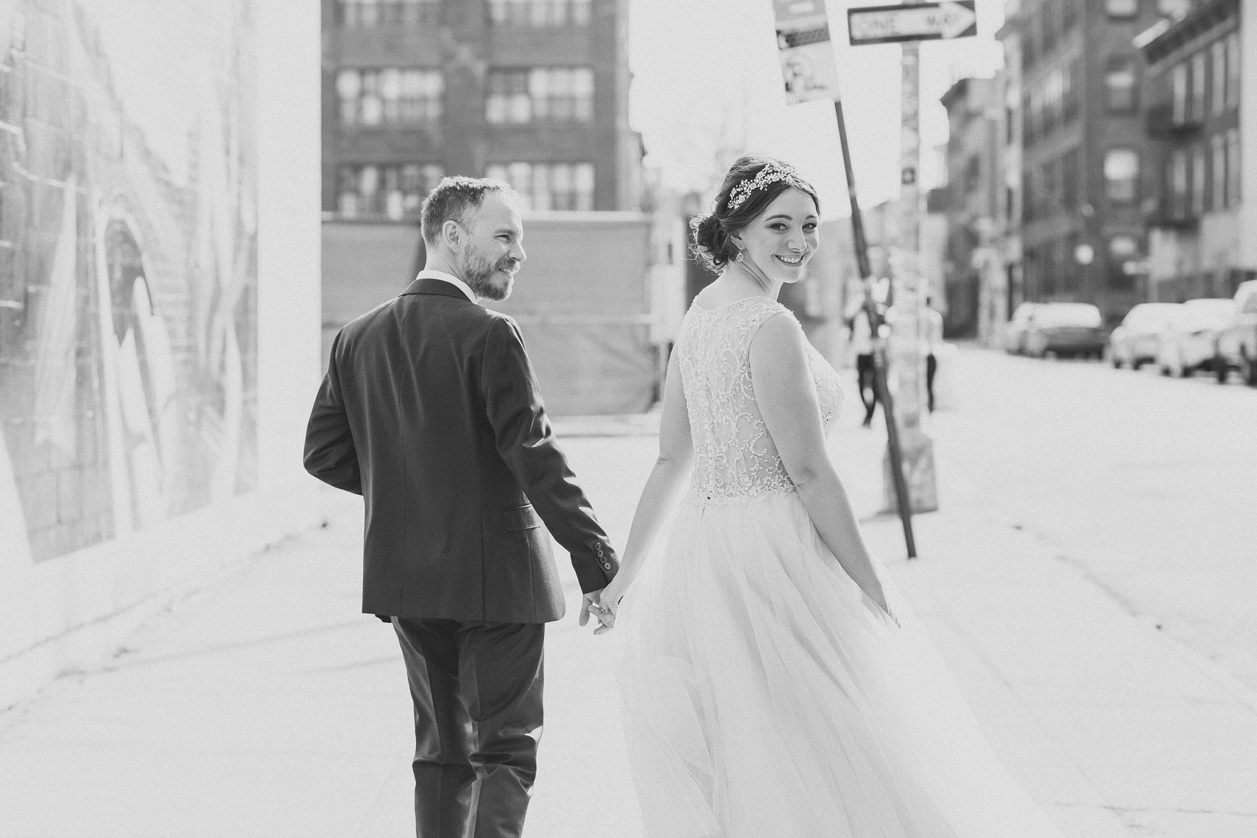 Brooklyn Street Pictures - Williamsburg Wedding Photography